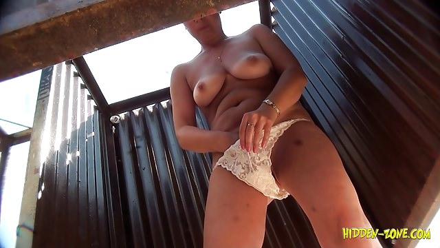 боли сжатия порно-секс в пляжной кабинке если любите